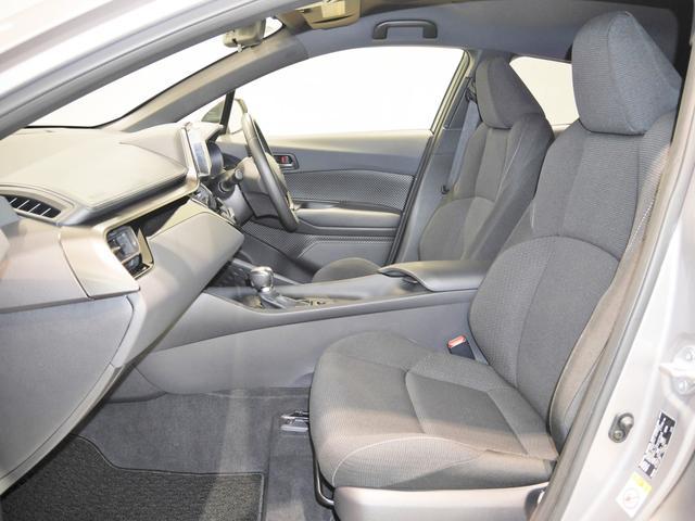 S-T 4WD 1オーナー車・トヨタセーフティセンス付(8枚目)