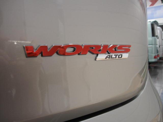 ベースグレード4WD5速マニュアル車HID(6枚目)