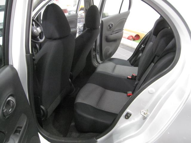 X FOURレンタアップ車SDナビ横滑り防止ETC(9枚目)