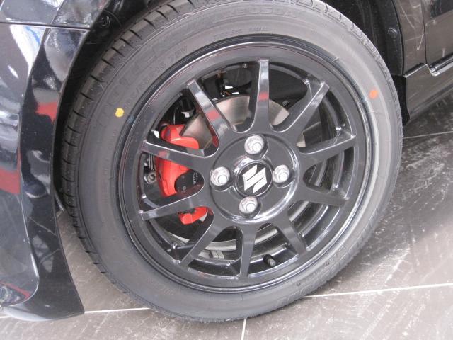 ベースグレード4WD5速マニュアル車HID(9枚目)