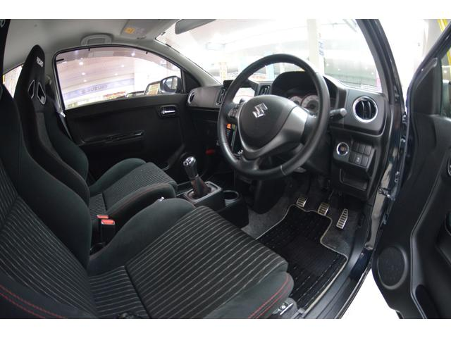 ベースグレード4WD5速マニュアル車HID(14枚目)