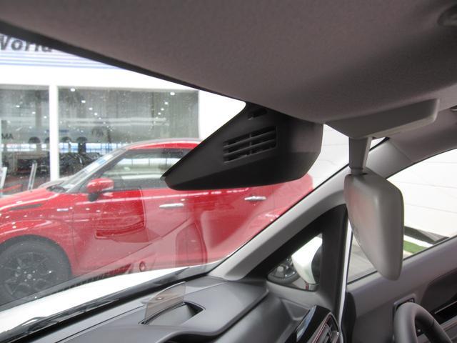 スズキ ワゴンRスティングレー ハイブリッドX4WDデュアルセンサーブレーキサポートHID