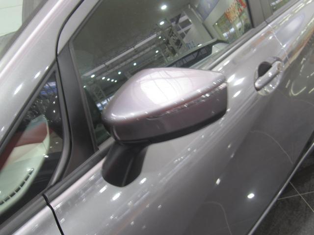 日産 ノート X FOUR4WDレンタアップエマージェンシーブレーキナビ