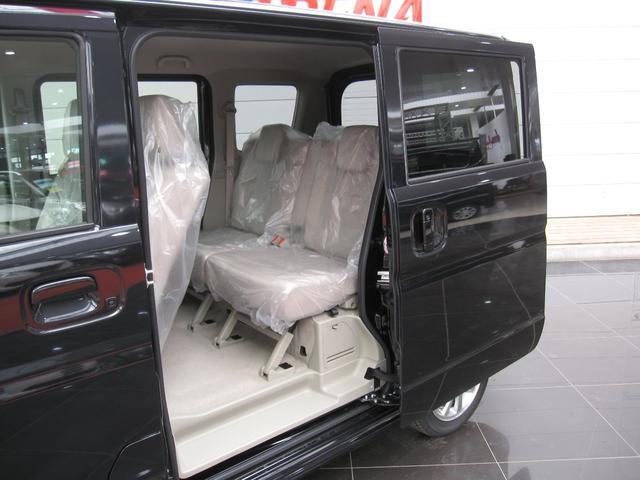 PZターボ4WDレーダーブレーキサポートオートスライドドア(9枚目)