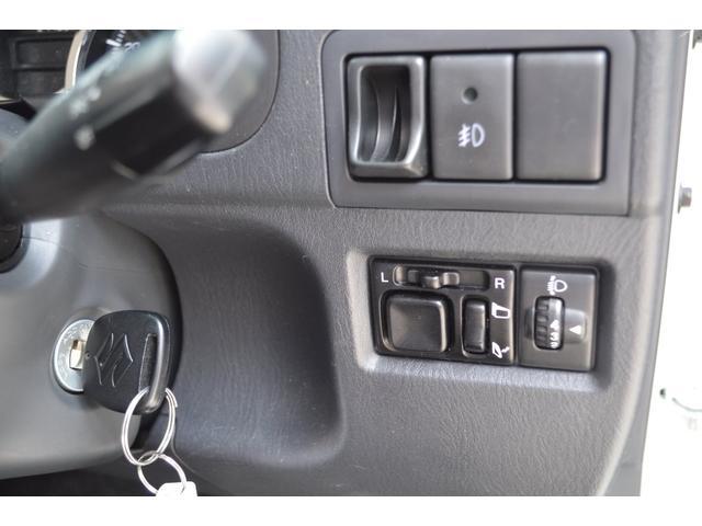 ランドベンチャー ワンオーナー特別仕様車4WDターボ社外HIDヘッドライトハーフレザーシートヒーター純正16インチアルミホイルウインカーミラーヒーター(24枚目)
