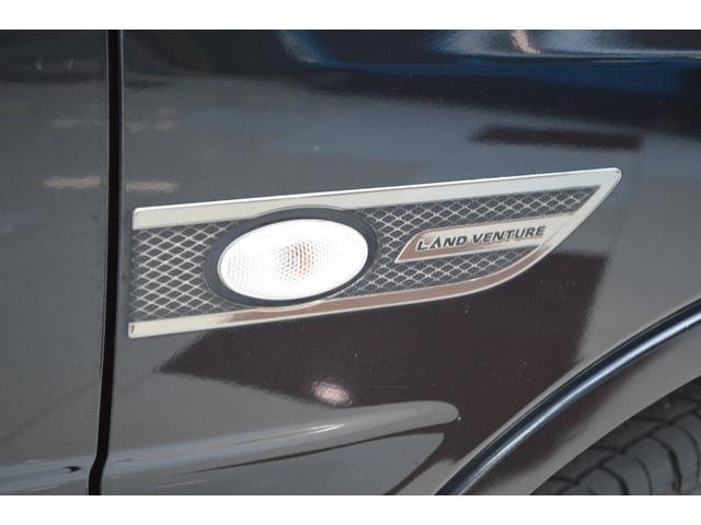 ランドベンチャー 5速マニュアル特別仕様ワンオーナー車SDナビTVハーフレザーシートヒーター専用16インチアルミ(11枚目)