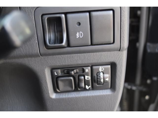 ランドベンチャー 5速マニュアル特別仕様ワンオーナー車SDナビTVハーフレザーシートヒーター専用16インチアルミ(22枚目)
