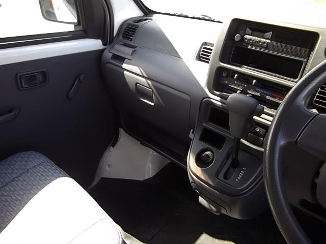 ダイハツ ハイゼットカーゴ スペシャル・4WD・ワンオーナー・4AT・両側スライドドア