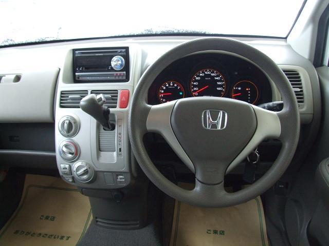 ホンダ モビリオ A 4WD 7人乗り
