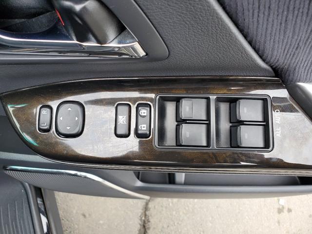「トヨタ」「ヴェルファイア」「ミニバン・ワンボックス」「北海道」の中古車25