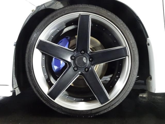 ブラックフリート 20インチAW☆ タイヤサイズは、245-35-20☆ 28インチ対応タイヤチェンジャー&ホイルバランサー完備☆ 心配な車検や整備等のアフターから、大口径の組替や脱着もお任せ下さい☆