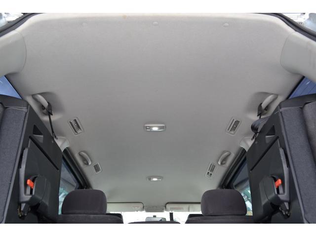 X 4WD 両側パワースライドドア エンスタ 8人乗り(14枚目)