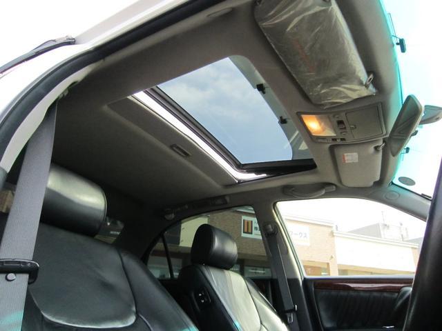 トヨタ クラウンマジェスタ 10周年記念特別仕様車 黒革 サンルーフ 寒冷地仕様