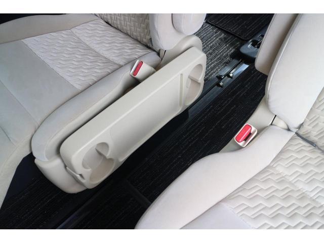 X 修復歴なし 本州仕入れ 両側パワースライド バックモニター ETC 4WD フルセグ地デジ付きナビ 社外アルミ! タイヤ20インチ!!(22枚目)