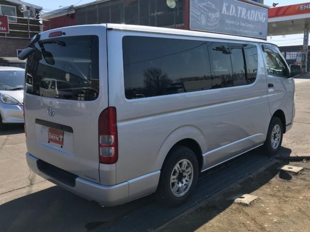ロングDX 4WD 9人乗り 本州仕入 ナビTV 夏冬タイヤ(5枚目)