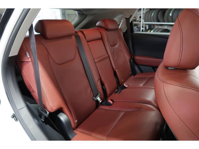 RX450h バージョンL 4WD サンルーフ 夏冬タイヤ付(15枚目)