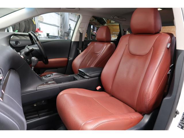 RX450h バージョンL 4WD サンルーフ 夏冬タイヤ付(16枚目)