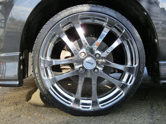 スズキ ソリオ ブラック&ホワイト DAT 4WD