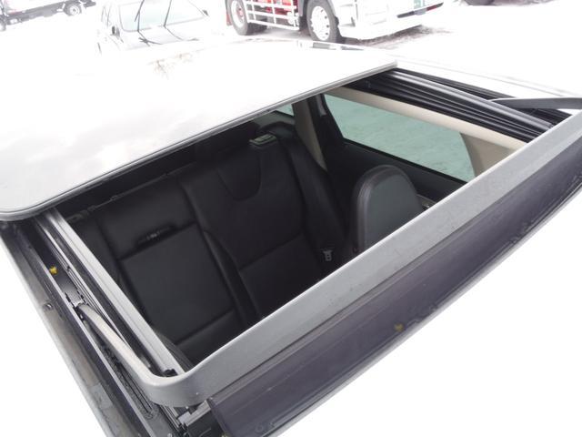 T6 SE AWD ・AWD・サンルーフ・ナビゲーション・Bモニター・本革シート・シートヒーター・4WD(23枚目)