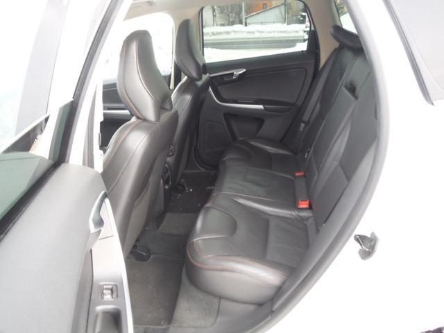 T6 SE AWD ・AWD・サンルーフ・ナビゲーション・Bモニター・本革シート・シートヒーター・4WD(50枚目)