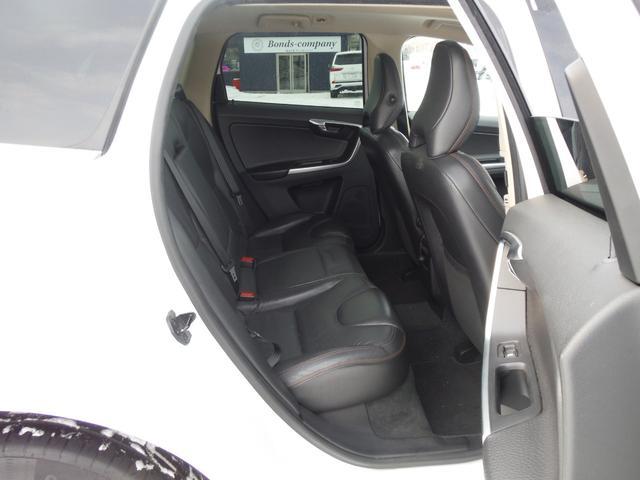 T6 SE AWD ・AWD・サンルーフ・ナビゲーション・Bモニター・本革シート・シートヒーター・4WD(55枚目)