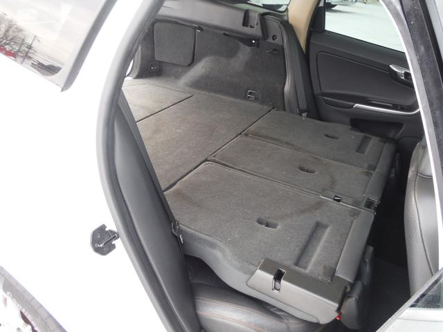 T6 SE AWD ・AWD・サンルーフ・ナビゲーション・Bモニター・本革シート・シートヒーター・4WD(61枚目)