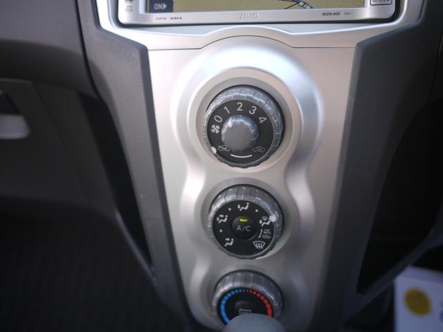 トヨタ ヴィッツ 4WD