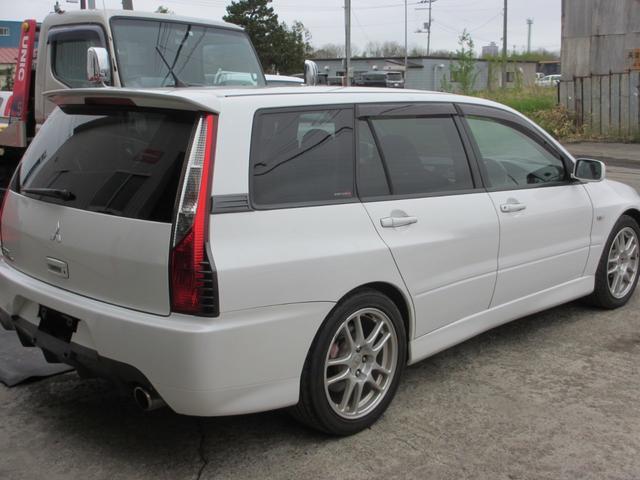 当社で車両購入と同時に三井住友の任意保険に加入できます