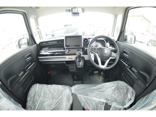 当店のお客様特典で、お車購入にて1年間ガソリン20円又は、納車時満タン納車です♪