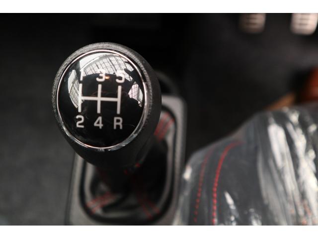 ベースグレード 5速MT4WDターボレカロシート(15枚目)