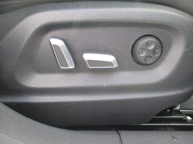 「アウディ」「Q3」「SUV・クロカン」「北海道」の中古車26