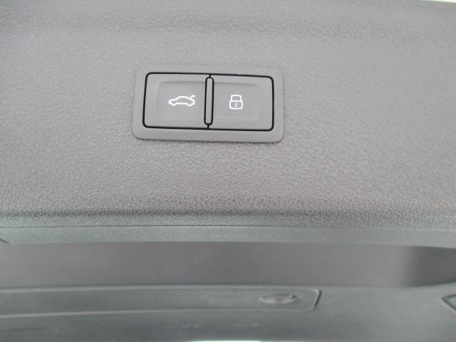 「アウディ」「Q3」「SUV・クロカン」「北海道」の中古車37