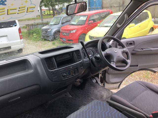 DX 4WD Dターボハーフパネルバン  ロングボディ(18枚目)