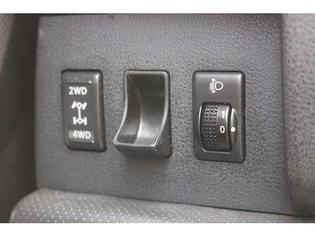 15RX FOURエアロ・4WD・HDDナビ・ETC・AW(12枚目)