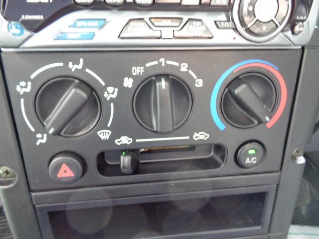 ターボG リミテッド 4WD ターボ 本州車 LEDヘッドライト ABS キーレス 14インチAW ドアバイザー メッキ電動格納ミラー Wエアバッグ(16枚目)