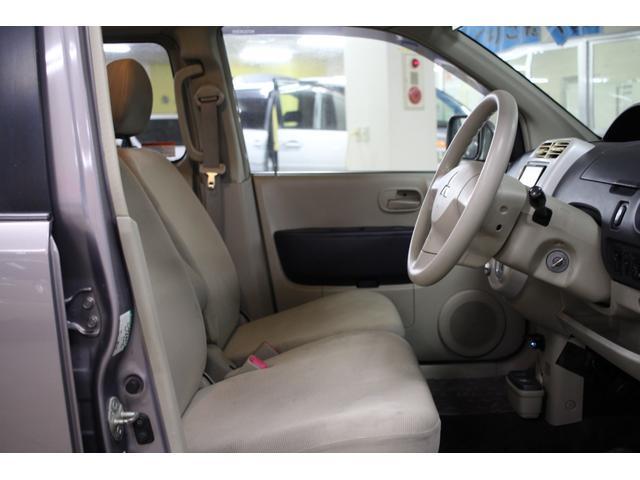 GS 4WD パワースライドドア 社外HDDナビ(16枚目)