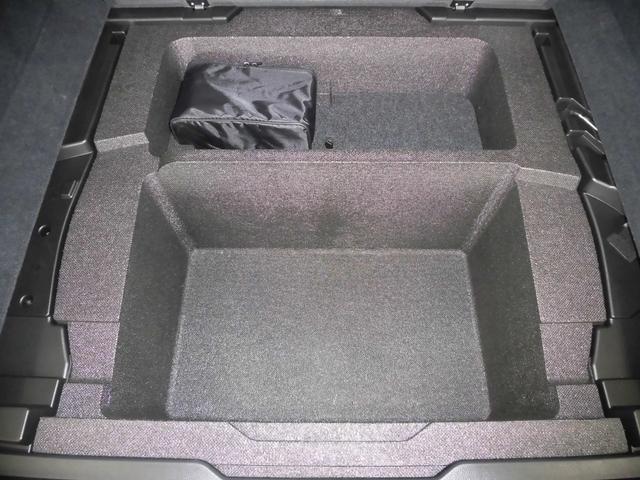SUBARU認定中古車では独自の厳しい基準を設けた「まごころクリーニング」を全車に実施しております。