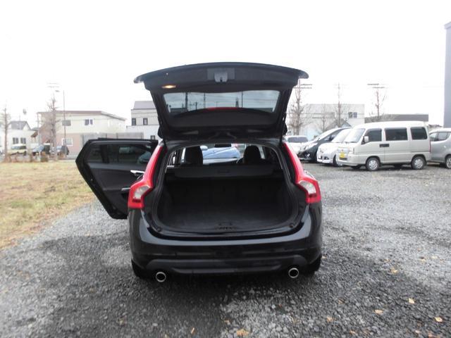 「ボルボ」「ボルボ V60」「ステーションワゴン」「北海道」の中古車32