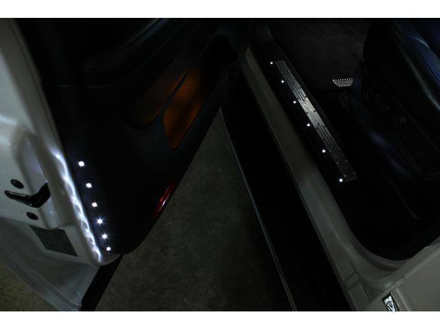 キャデラック キャデラック エスカレード 4WD 新車平行  1ナンバー BENTCHI26AW