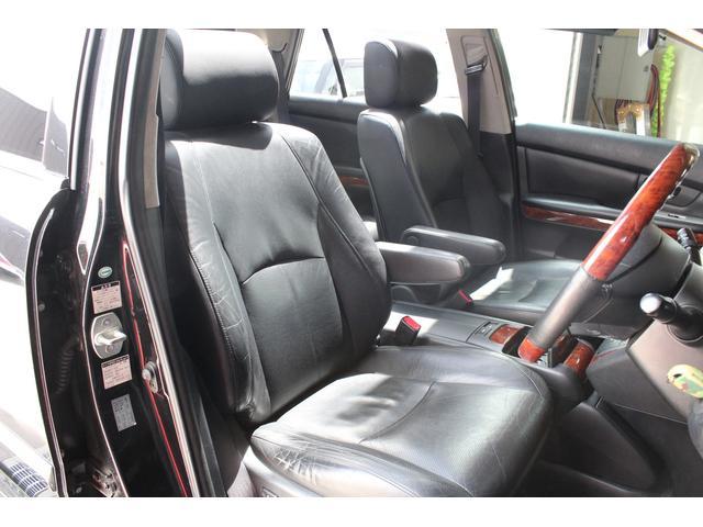 240GプレミアムLパッケージ 4WD SR/黒革/22AW(14枚目)