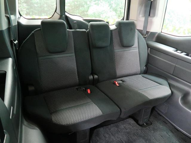 スパーダ 4WD 8人乗 両側パワスラ 純正SDナビ 禁煙車(10枚目)