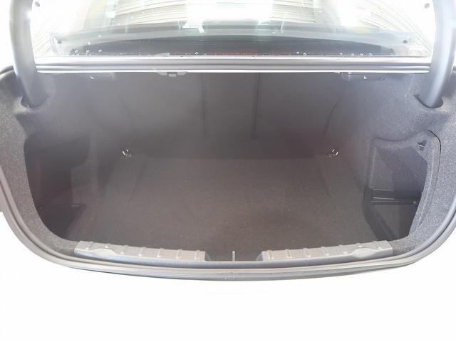 320i xDrive ラグジュアリー 黒革 禁煙車 1オナ(11枚目)