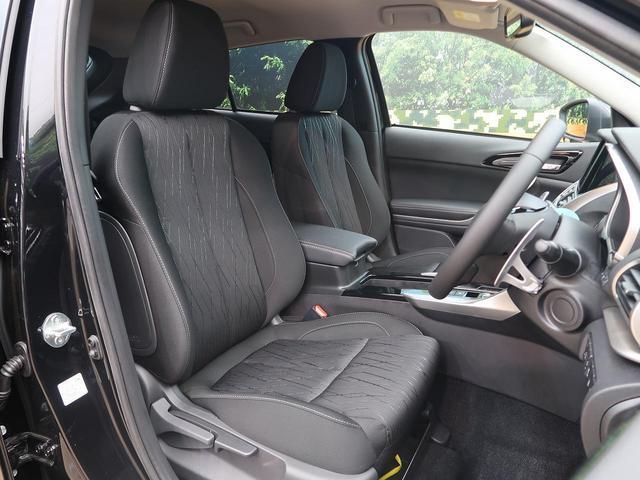 運転席は視点が高いので、大型のSUVですが運転がしやすいと思います☆