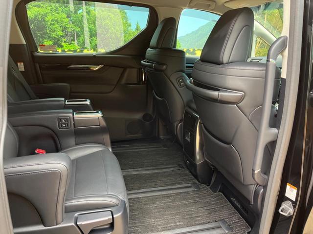 ZR Gエディション 禁煙車 4WD 衝突被害軽減装置 純正SDナビ LEDヘッドライト オートハイビーム 両側電動スライド 電動リアゲート 前席シートヒーター バックカメラ ETC 100V電源 クリアランスソナー(10枚目)