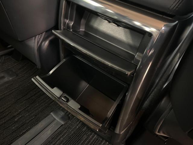 ZR Gエディション 禁煙車 4WD 衝突被害軽減装置 純正SDナビ LEDヘッドライト オートハイビーム 両側電動スライド 電動リアゲート 前席シートヒーター バックカメラ ETC 100V電源 クリアランスソナー(60枚目)