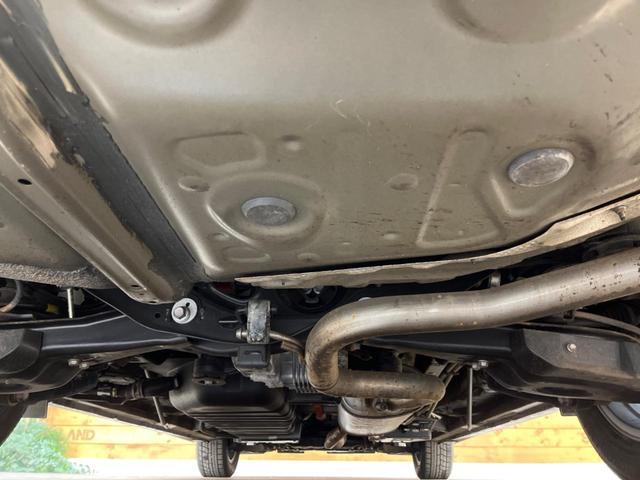ZR Gエディション 禁煙車 4WD 衝突被害軽減装置 純正SDナビ LEDヘッドライト オートハイビーム 両側電動スライド 電動リアゲート 前席シートヒーター バックカメラ ETC 100V電源 クリアランスソナー(65枚目)
