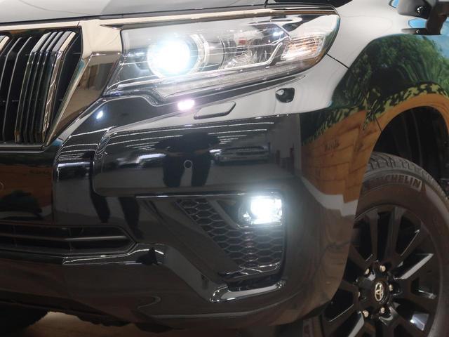 TX Lパッケージ 70thアニバーサリーリミテッド 登録済未使用車 現行 特別仕様車 レザーシート ルーフレール 衝突被害軽減装置 レーダークルーズ シートベンチレーション LEDヘッドライト オートハイビーム センターデフロック ダウンヒルアシスト(15枚目)
