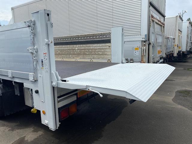 4t 平ボデー 5.68m荷台長 垂直ゲート付(6枚目)