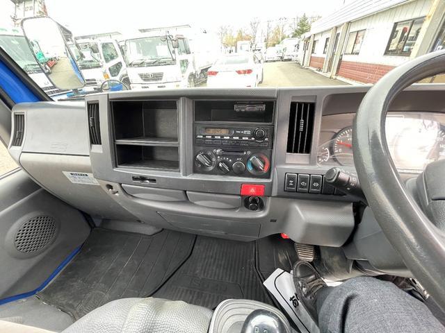 1.15t 4WD Wキャブ6人乗り 平ボデー(11枚目)