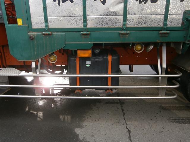 10.5t 2デフ 3段クレーン 6.8mボデー(10枚目)